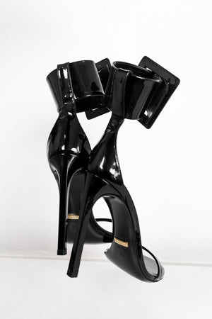 Gucci Buckled Patent-Leather Sandals - Black [Authentic]