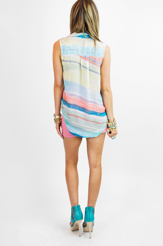 SLEEVELESS PASTELS TWO-POCKET CHIFFON TOP - Haute & Rebellious