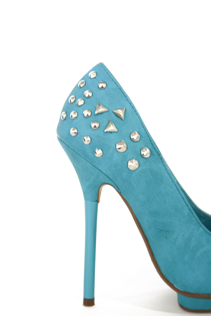 STUDDED TURQUOISE PUMPS