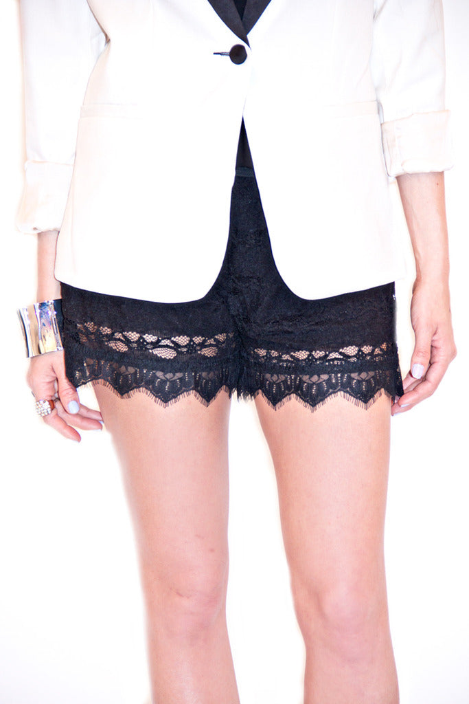 OLIVIA LACE SHORTS - Black