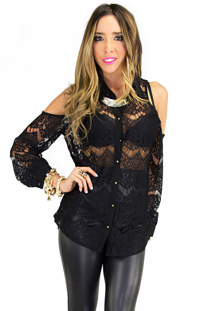 LACE SHOULDER CUTOUT BLOUSE - Black