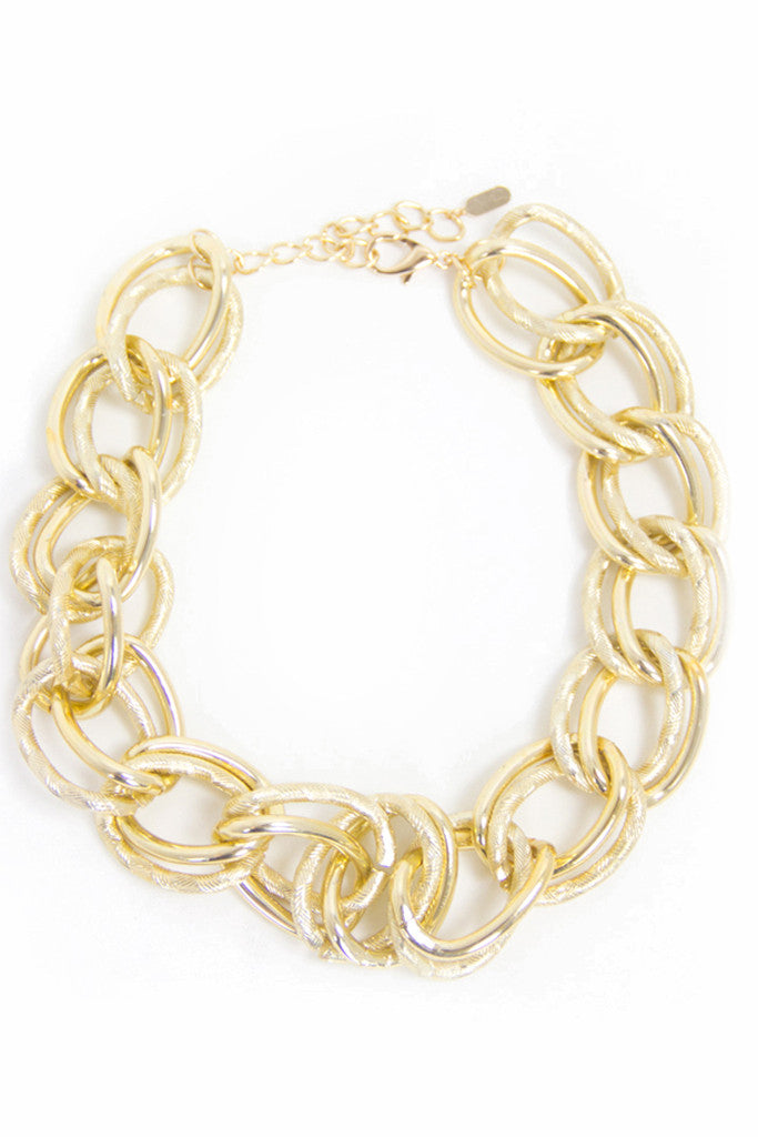 OVERSIZED CHAIN NECKLACE - Gold - Haute & Rebellious