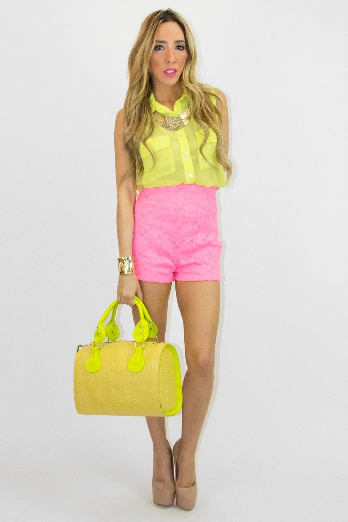HIGH WAISTED LACE SHORTS  - Neon Pink