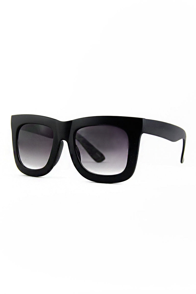 THICK FRAME SUNGLASSES - Black - Haute & Rebellious