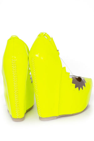 ZIG-ZAG CONTRAST CLEAR WEDGE - Highlighter Lime Yellow - Haute & Rebellious