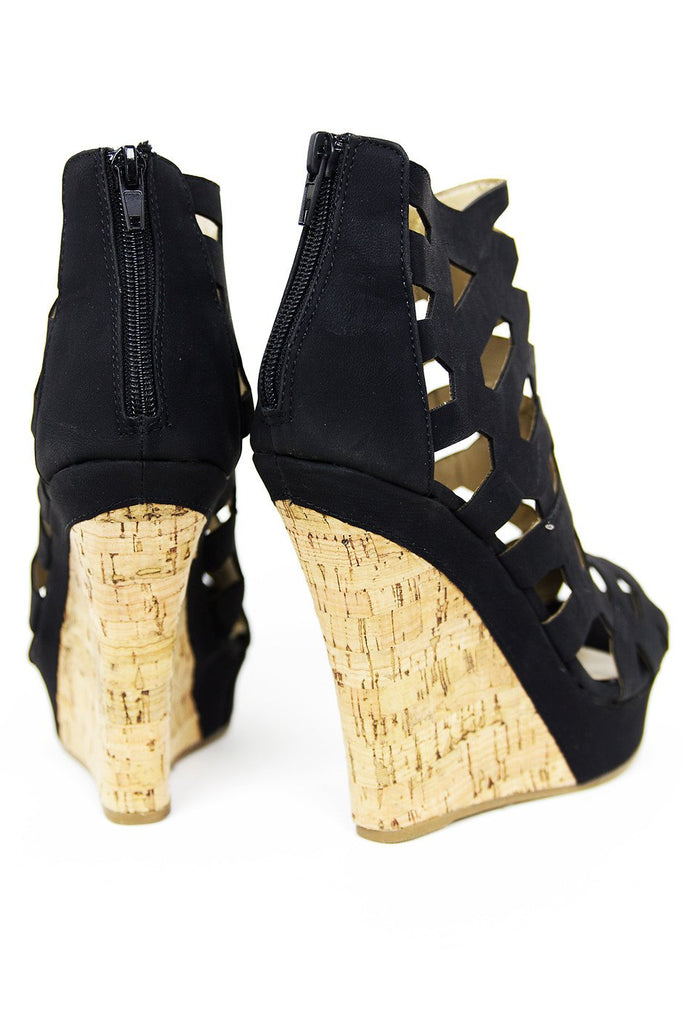 CUTOUT STRAP WEDGE - Black