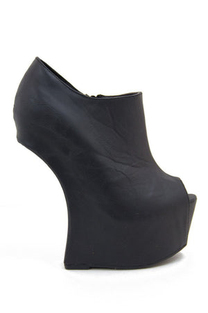 MARA WEDGE - Haute & Rebellious