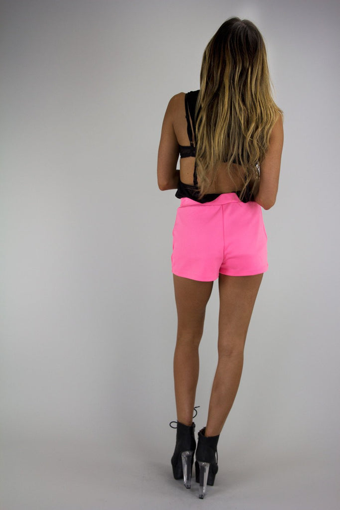 LEX GOLD BUTTON SHORTS - Neon Pink