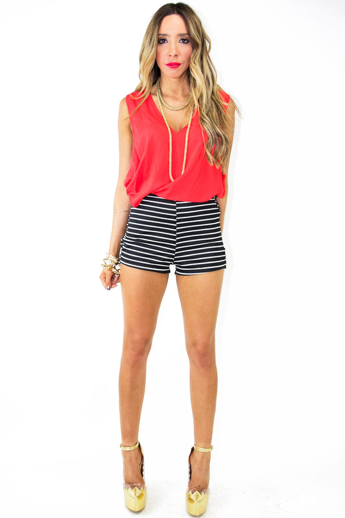 STRIPED HIGH WAISTED SHORTS - Navy/White