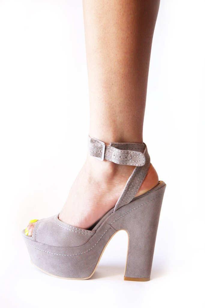 Haute & Rebellious LULU PLATFORM - Taupe in [option2]