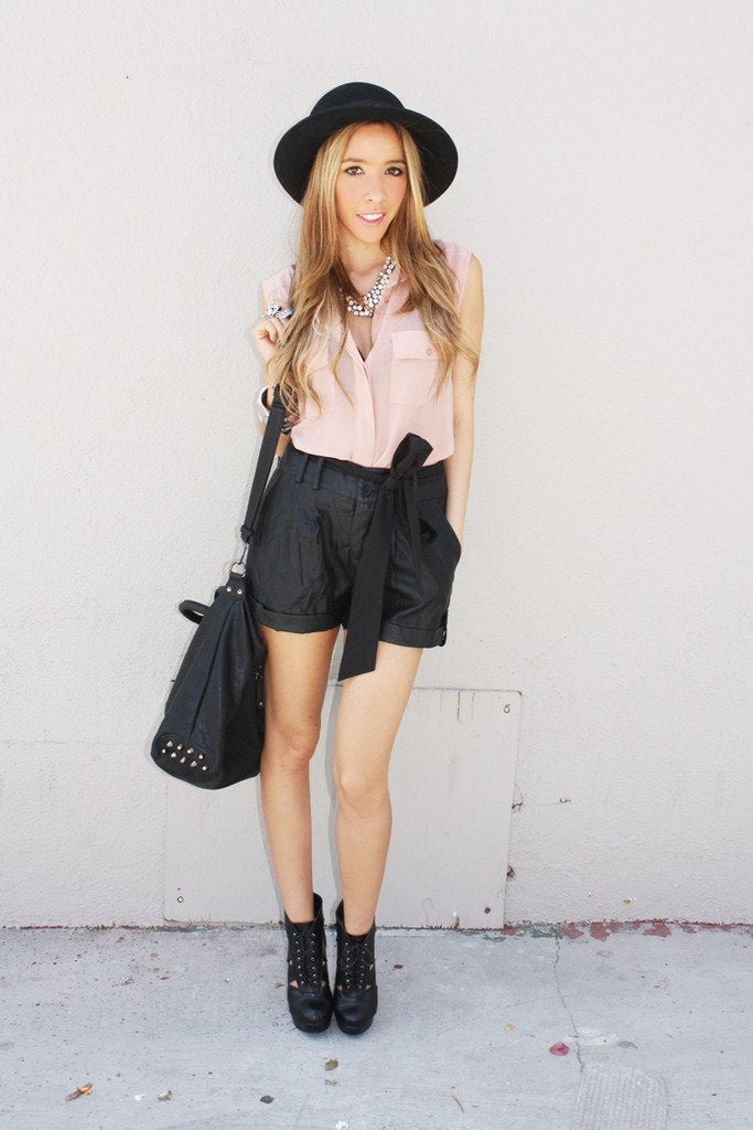 BLACK LEATHER TIE SHORTS