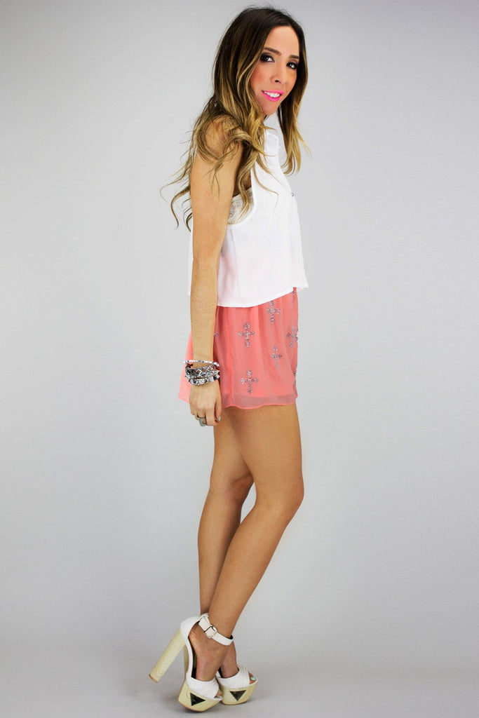 CHIFFON SHORTS WITH CROSSES - Peach