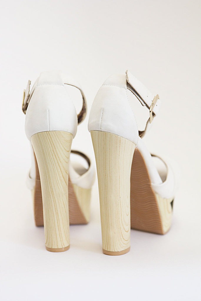 JENNI WOOD CUTOUT PLATFORM - Off White - Haute & Rebellious