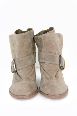PETER ANKLE BOOT - Tan Suede - Haute & Rebellious