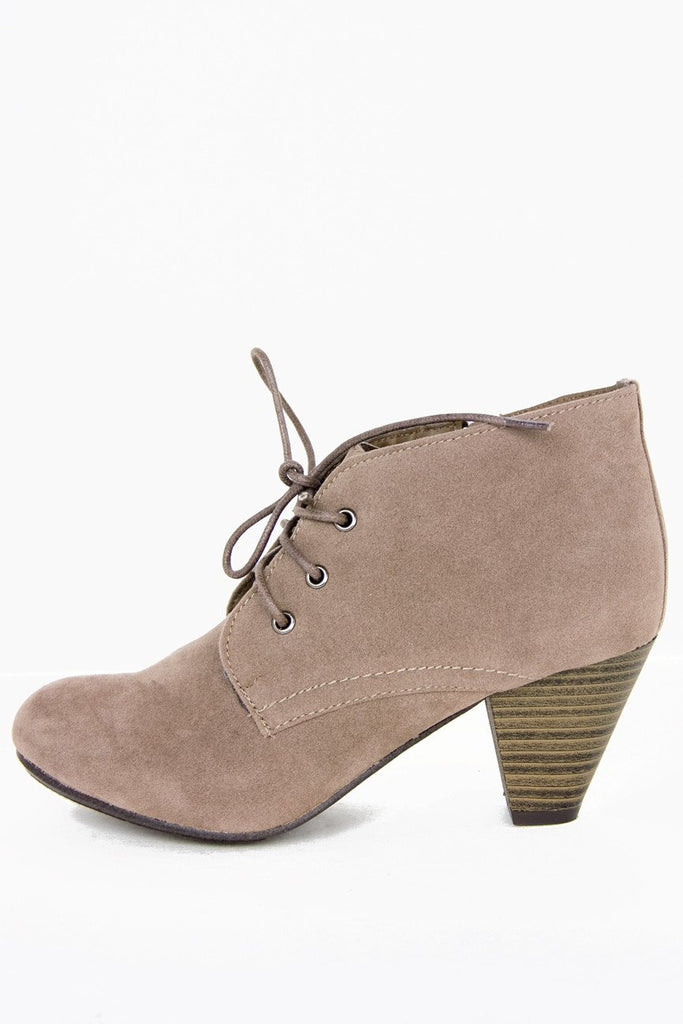 HELMUT ANKLE BOOT - Tan Suede