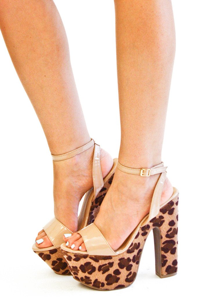 LEOPARD WEDGE - Tan