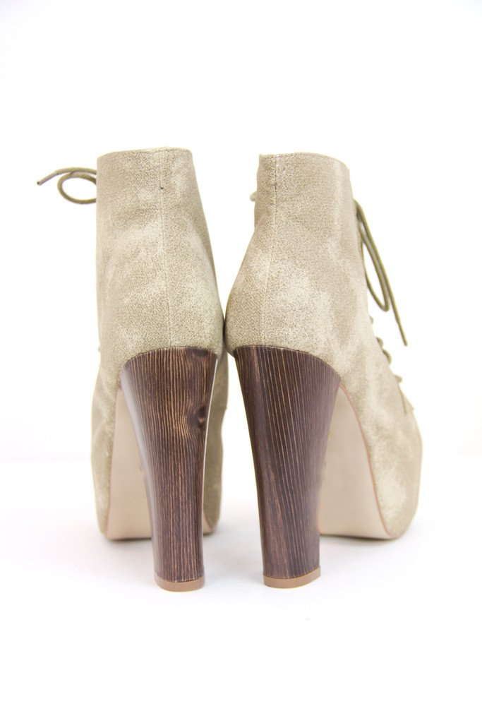 DIRTY BEIGE BOOTS - Haute & Rebellious