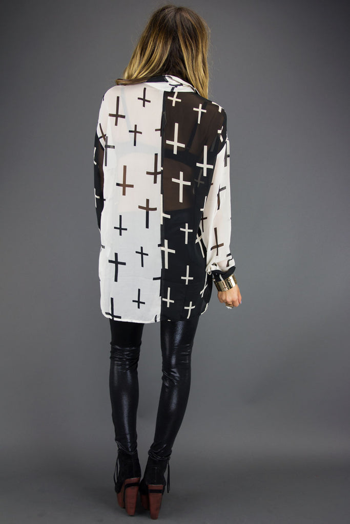 TWO TONE ALL OVER CROSS CHIFFON BLOUSE