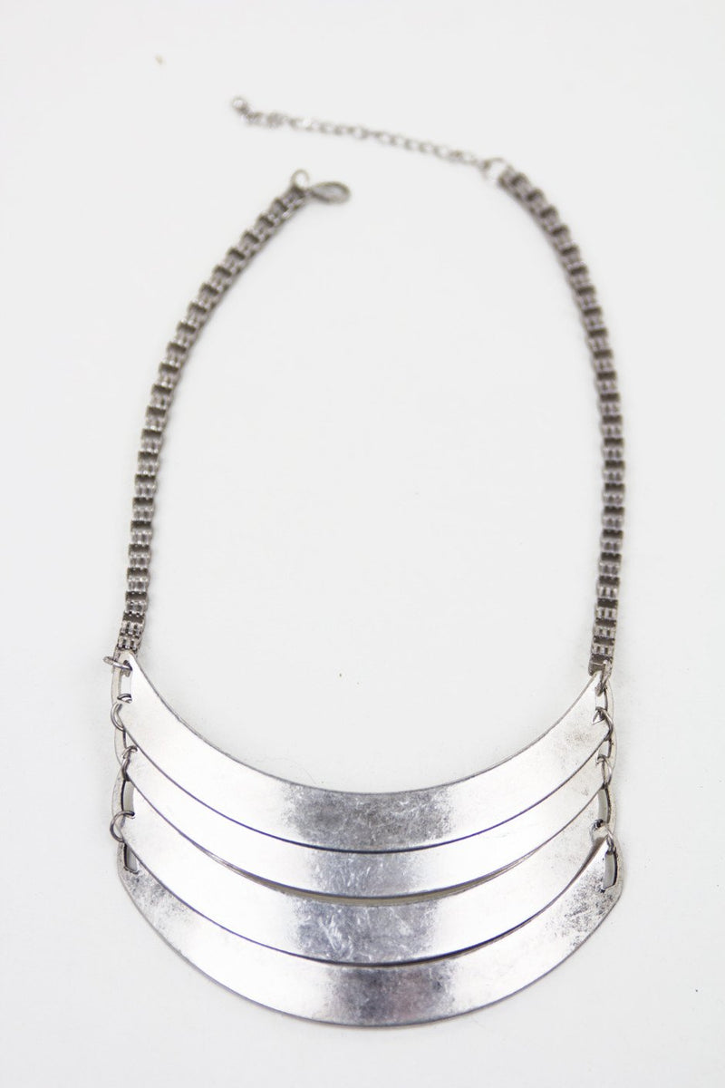 METAL PLATE LAYERED NECKLACE - Haute & Rebellious