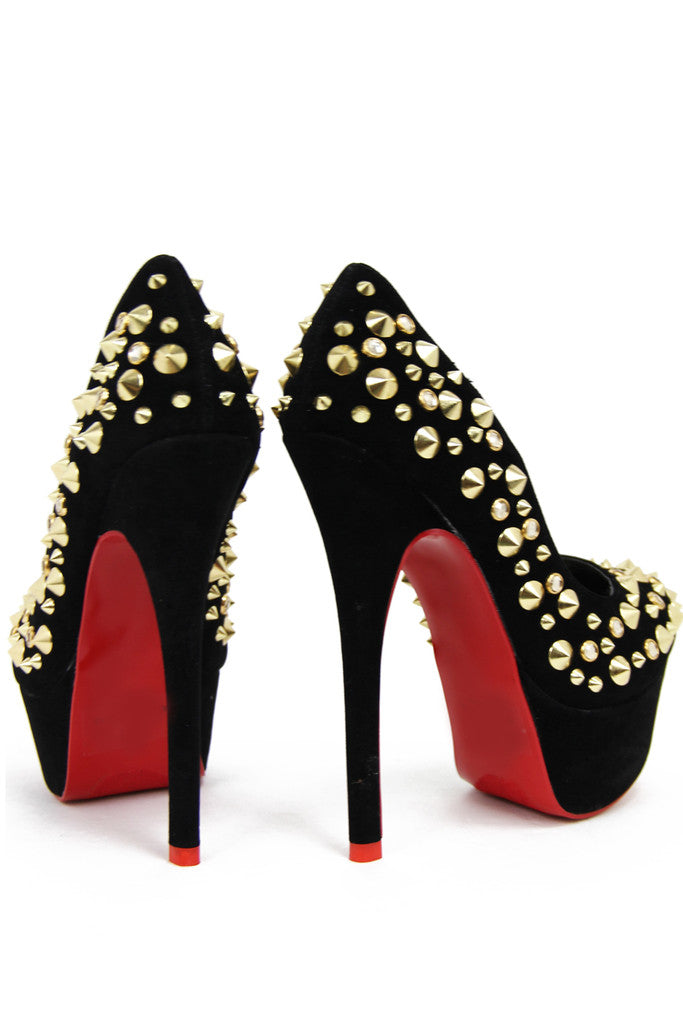 STUDDED PLATFORM PUMP - Black - Haute & Rebellious