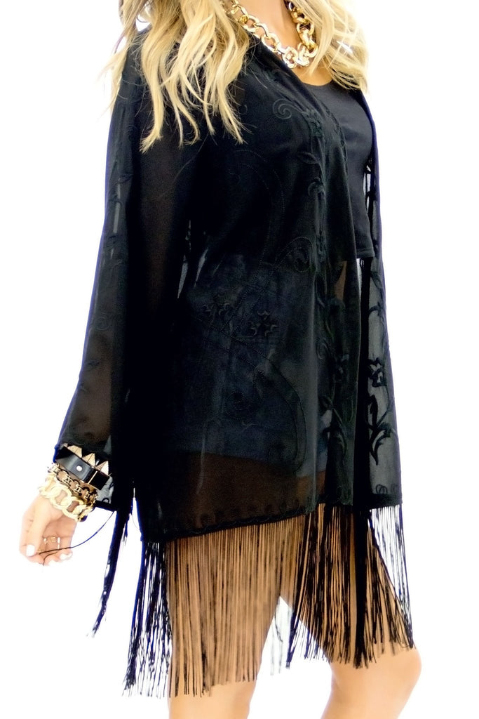 LANE EMBROIDERED FRINGE KIMONO - Black