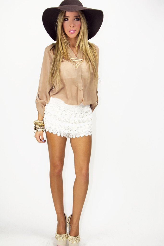 MARI LACE SHORTS - Cream
