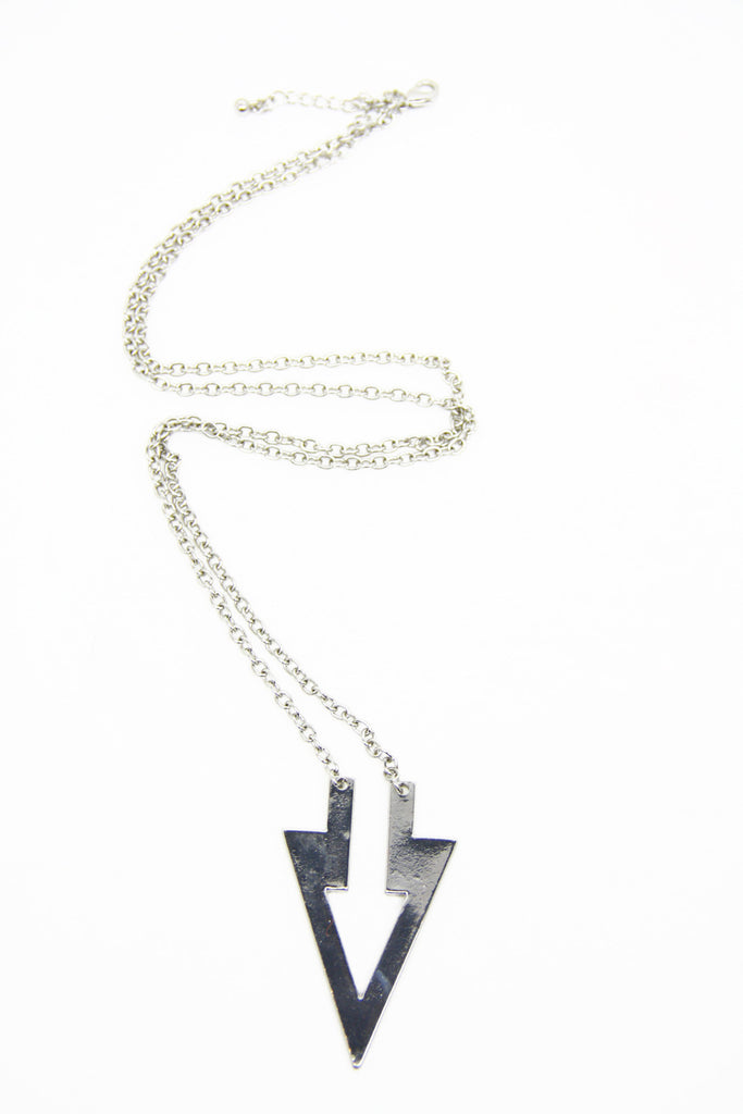 POINT THE WAY NECKLACE - Silver