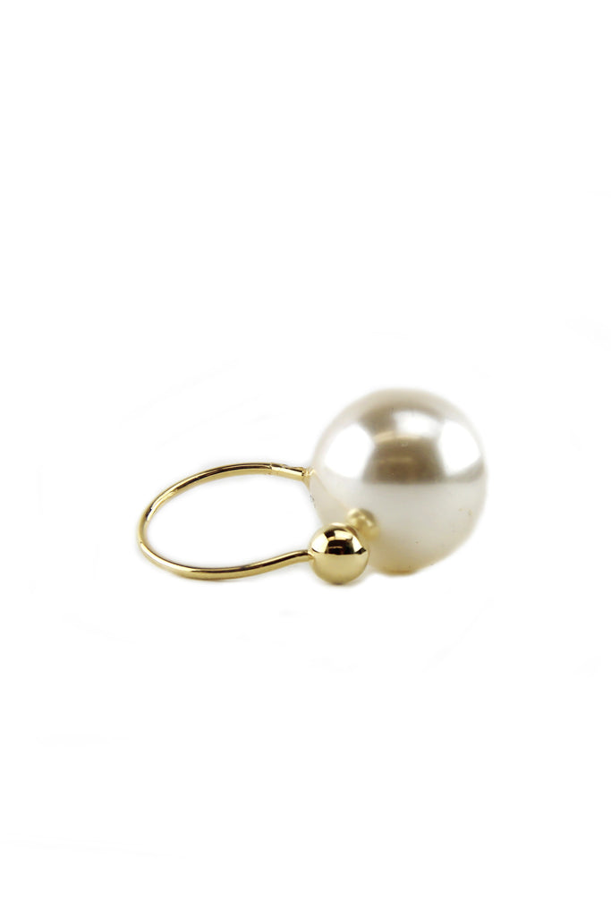 PEARL MEETS BALL RING
