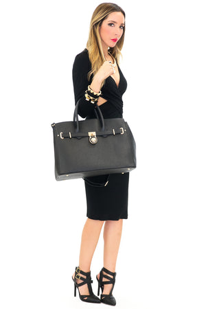 QUILT-FELT SHOULDER BAG - Black - Haute & Rebellious