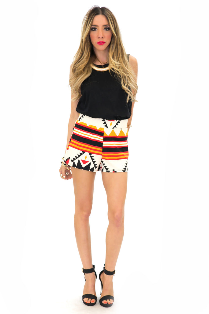 TRIBAL GEO SHORTS - Khaki