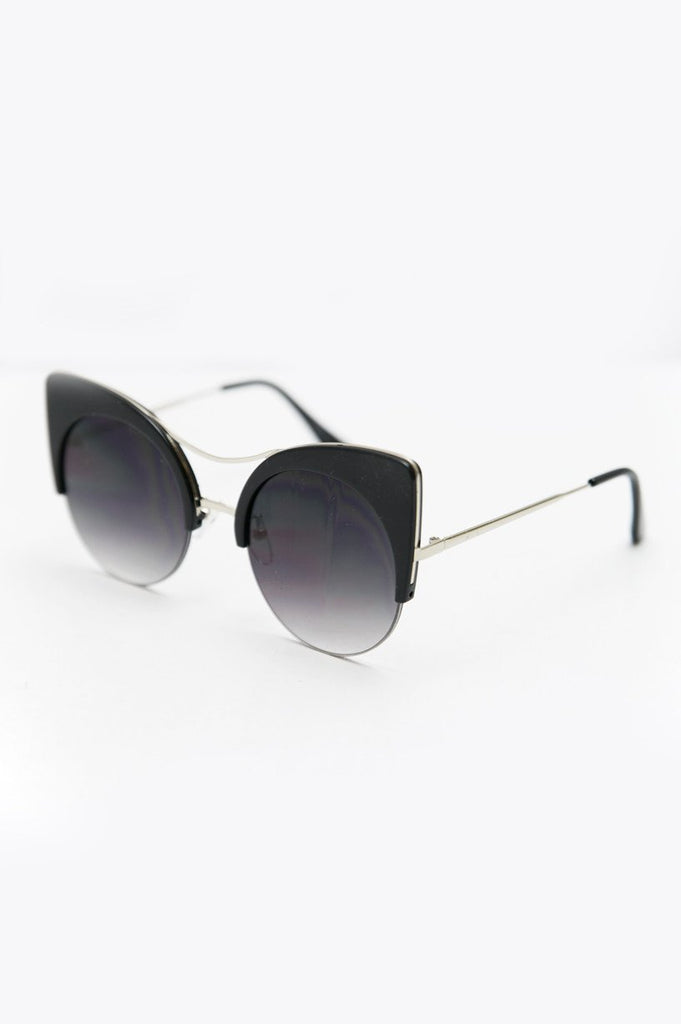 Got Me Moving Sunglasses - Black/Silver - Haute & Rebellious