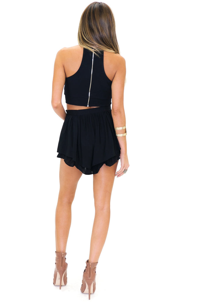 EVITT HIGH-NECK CROP TOP - Black
