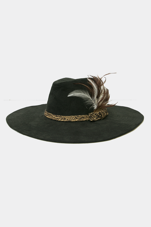Large Brim Feather Detailing Hat