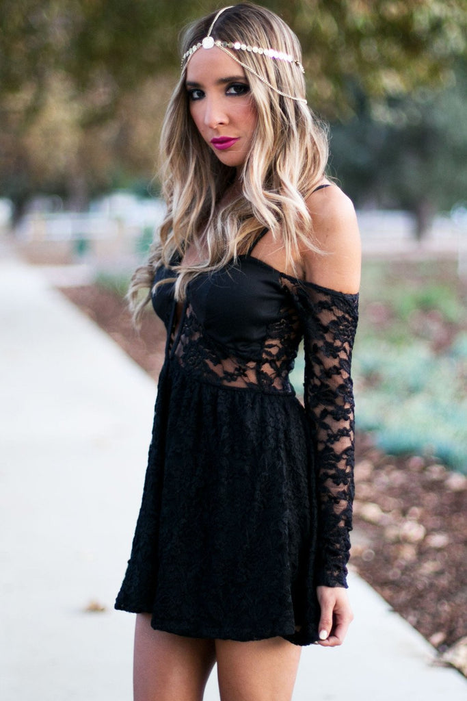 BELLE CUTOUT LACE DRESS