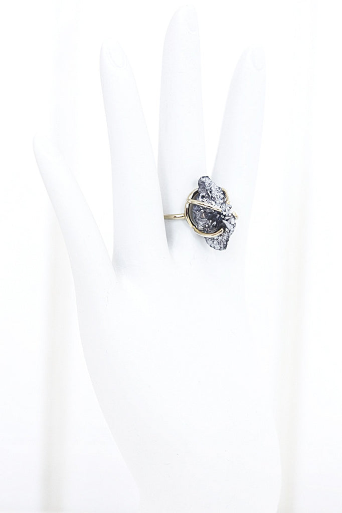 Jada Clasp Crystal Stone Ring - Haute & Rebellious
