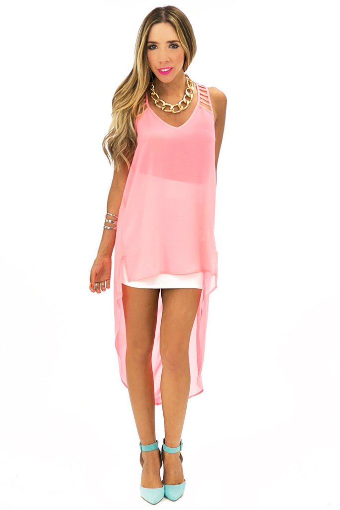 CUTOUT STRAP HIGH-LOW TOP