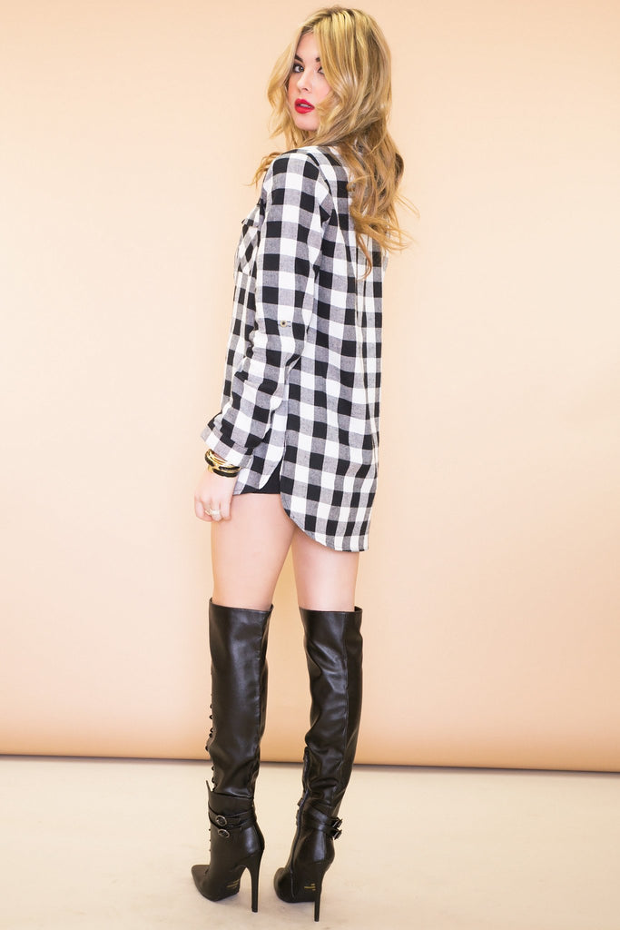 Grai Plaid Flannel Button-Up Shirt - Haute & Rebellious