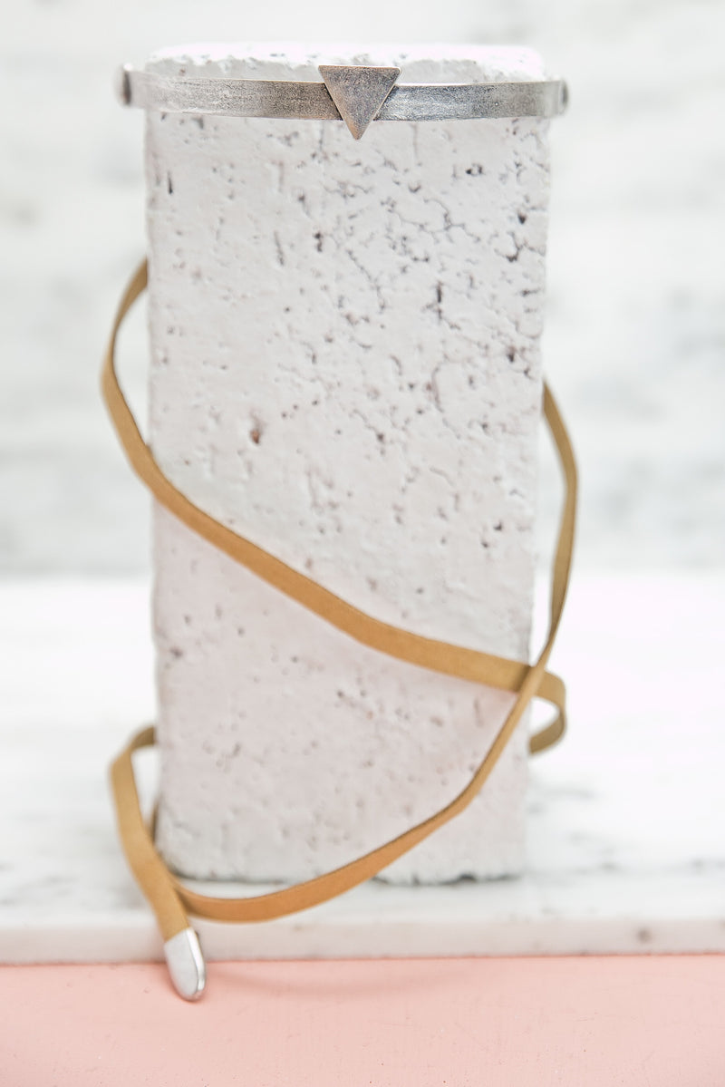 Point Forward Leather Choker - Tan - Haute & Rebellious