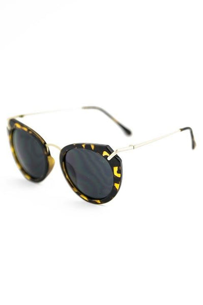 LOST MY WAY SUNGLASSES - Tort