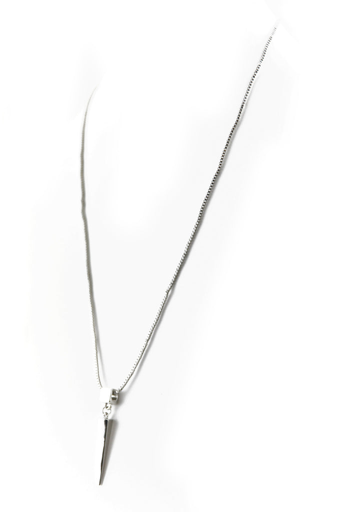 PETITE POINTED BLOCK PENDANT NECKLACE