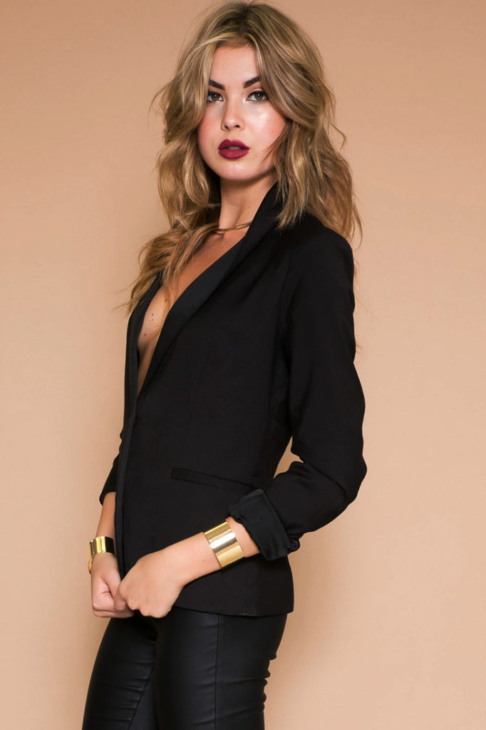 ONE BUTTON SHOULDER PAD BLAZER