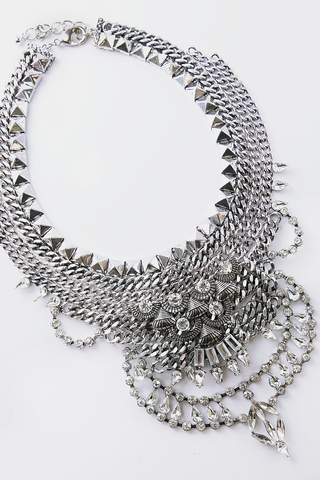 METAL PLATE LAYERED NECKLACE