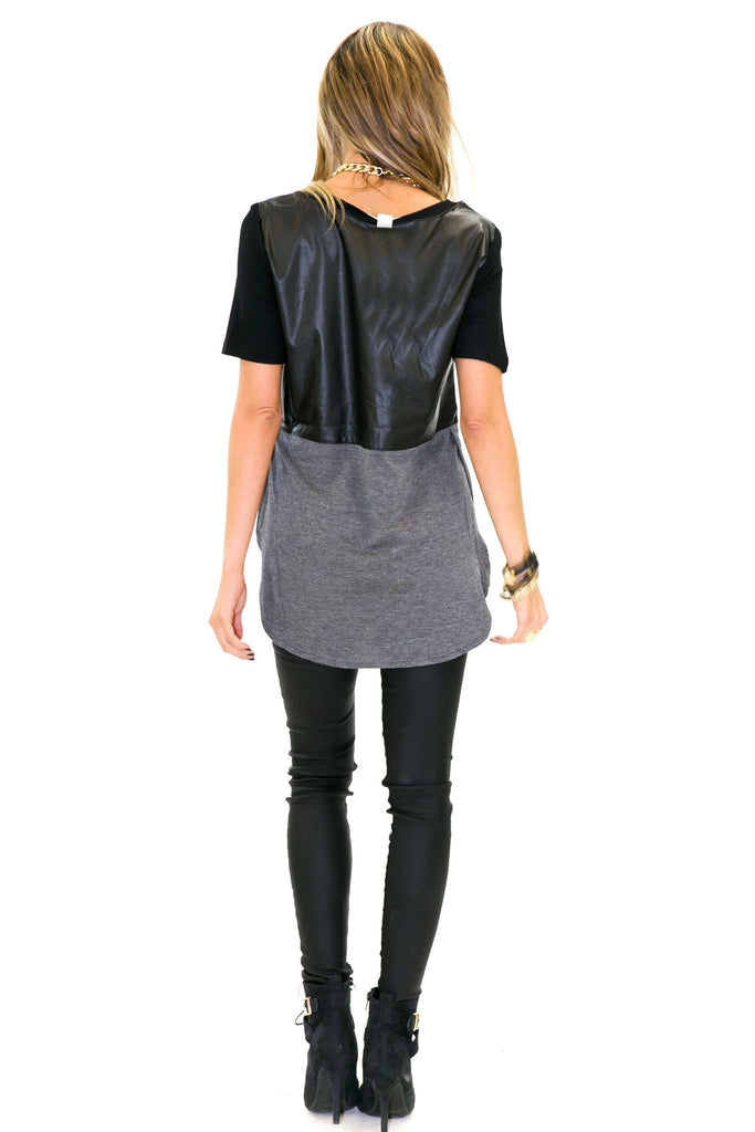 NEMON VEGAN LEATHER CONTRAST TEE