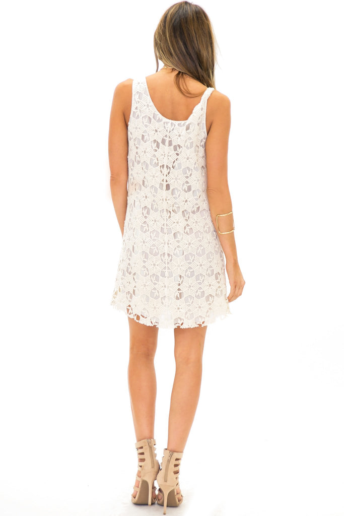ENYA SLEEVELESS LAYERED LACE TUNIC