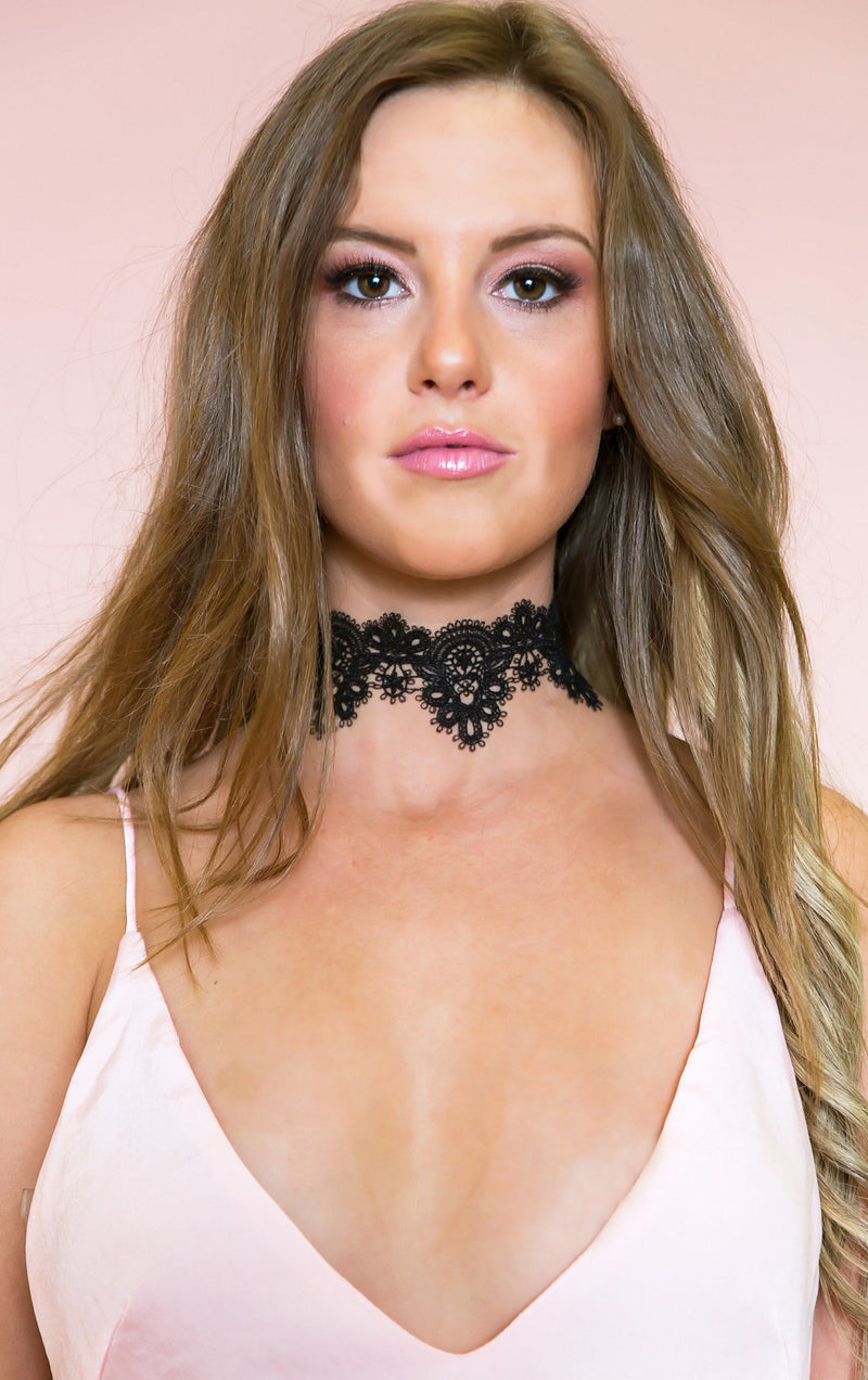 Lace On My Neck - Black - Haute & Rebellious