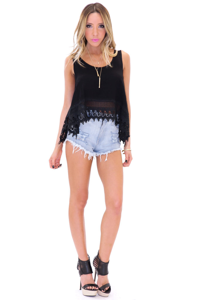 ESTER LACE CROP TOP - Black