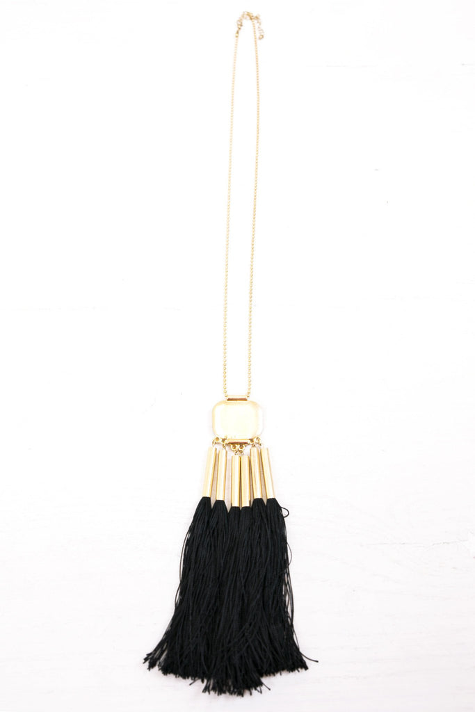 Laurel Pendant Fringe Necklace