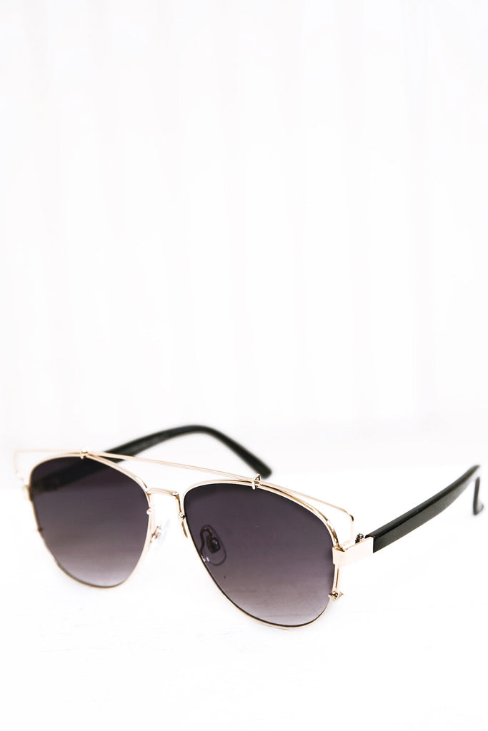Amelia Aviator Shades - Black/Gold