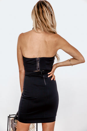 High-Waisted Pencil Skirt - Black