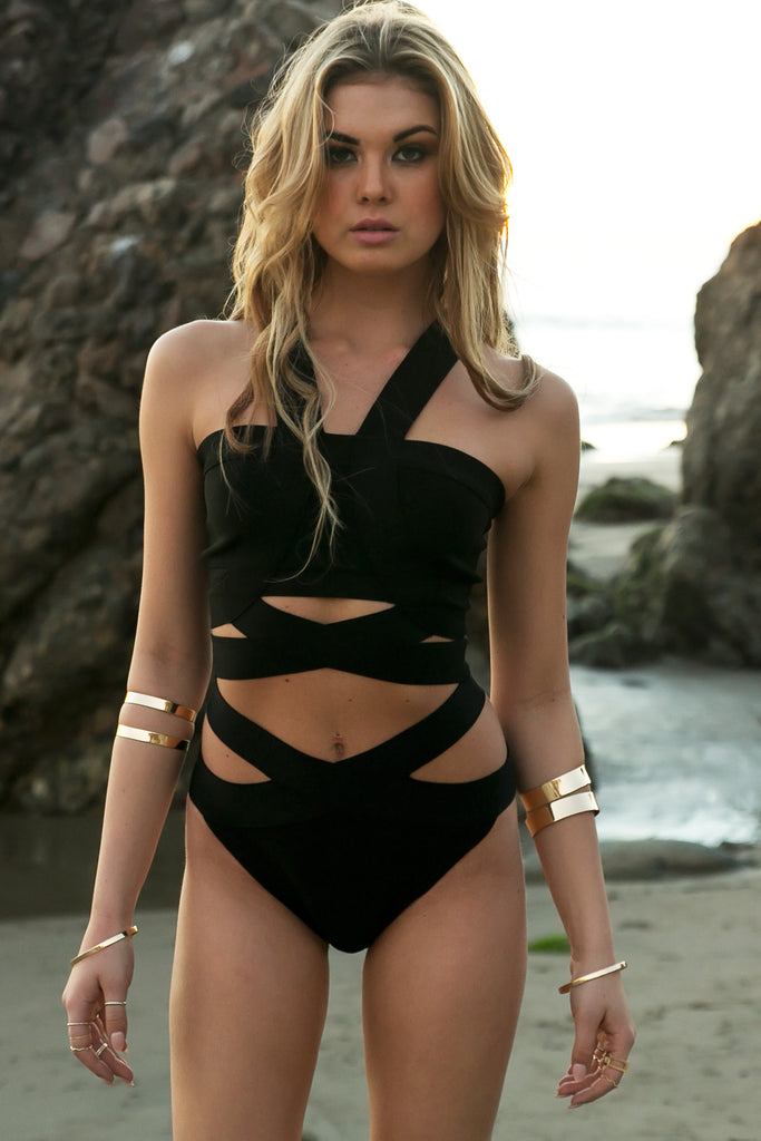 Strappy One-Piece Swimsuit - Black